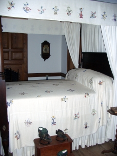 Washington Slept Here (Actually He Didn�t)
